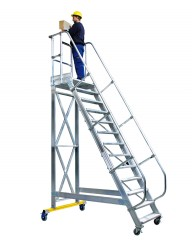 Günzburger Plattformtreppe fahrbar 60°